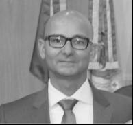 Prof Mauro bw